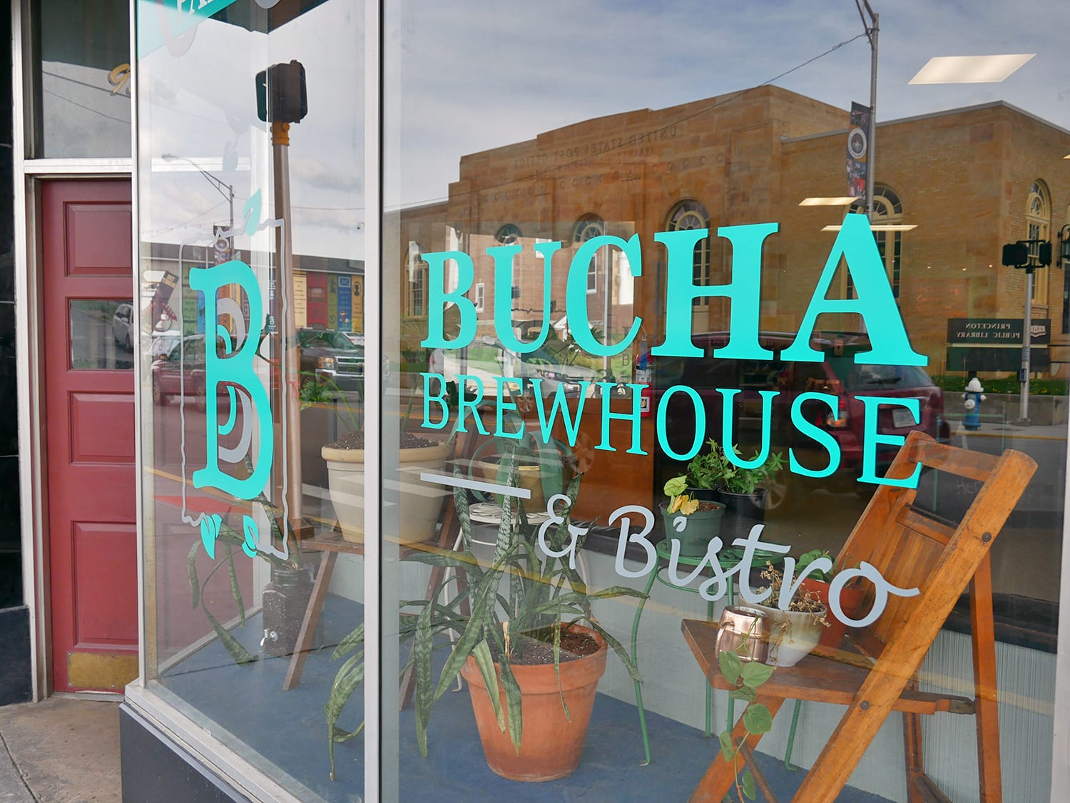 Bucha Brewhouse & Bistro - Photography by Starry Eyes Media
